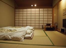 Bedroom: Ideas Of Japanese Bedroom With 2 Futon Beds And Small Table