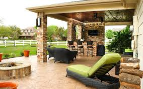 patio cover outdoor kitchen in pearland estates