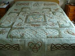 The 25+ best Celtic quilt ideas on Pinterest | Cnc machine price ... & CAS BEARS AND QUILTS: Celtic quilt made at a class at The Apple Basket Adamdwight.com