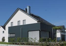 Fassadengestaltung Garagenverkleidung
