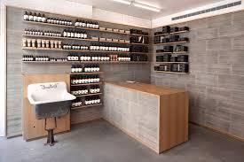 Aesop Nolita / Tacklebox Architecture. Image Courtesy of Aesop