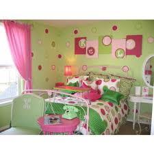 teen girls polka dot room