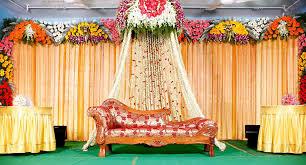 Flower Decoration Design Wedding Stage Hall Mandapam Balloon Flower Decorations Kerala 45