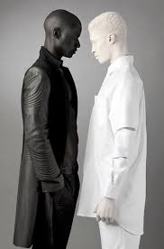 melanistic vs albino humans. Beautiful Humans The Opposite Of Albinism Is Called Melanism And It Very Rare Here A  Photo An Albino Melanistic Together Throughout Melanistic Vs Albino Humans L