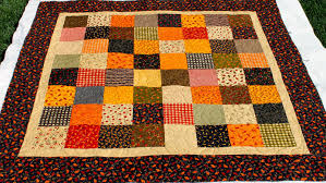 Latimer Lane: Client Quilts & A close up of the quilting - it has pumpkins, leaves, and gourds. Love this  pattern for fall! Adamdwight.com