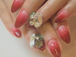 華やかネイルですてきなxmas年末年始を彡鮮やかな赤やゴールドが