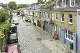 NEW HOLIDAY PROPERTY Exclusive Opportunity To Rent Ted Cullinanu0027s Mews Home