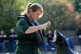 zookeeper pictures. Beautiful Pictures Zookeepers Also Have To Be Good Communicators And Many Are Required Talk  Visitors As Part Of Their Job To Zookeeper Pictures P