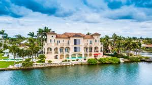 naples fl 700 la peninsula blvd amazing waterfront condo with fantastic gulf of mexico views live in luxury call mice thomas for more inf