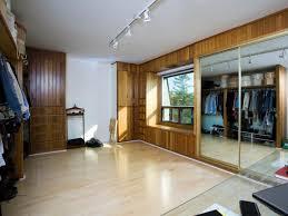 converting a walk in closet into a divine art studio