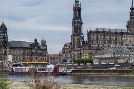 Eine sprecherin der sachsenenergie bestätigte gegenüber tag24 den stromausfall, der auch am abend weiter andauerte. Stromausfall In Dresden Bauarbeiter Beschadigen Leitung Tag24