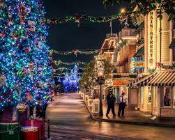 disneyland christmas wallpaper. Simple Christmas 1280 X 1024 In Disneyland Christmas Wallpaper E