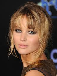 Hairstyles With Bangs 84 Stunning The Top 24 Haircuts For HeartShaped Faces Allure