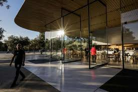 2of9the exterior of the apple visitors center in cupertino calif on monday nov 27 2017 photo gabrielle lurie the chronicle