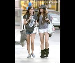 Miley Cyrus et sa meilleure amie Mandy Jiroux - Purepeople