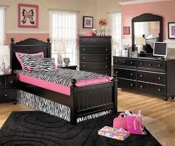 Ashley Furniture Jaidyn Twin Poster Bed