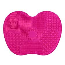 silicone makeup brush cleaner. kedsum makeup brush cleaning mats,makeup cleaner with 1 apple shaded large mat, silicone w