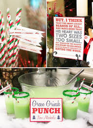 Best 25+ Christmas engagement ideas on Pinterest | Christmas engagement  photos, Couple christmas photos and Couple christmas pictures