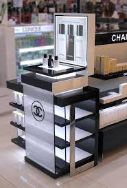 This Chanel makeup display is very simplistic, and visual pleasing. The  lighting I believe