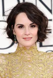 easy short hairstyles for wavy hair 2017