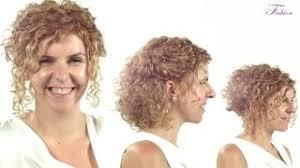 účesy Kudrnaté Vlasy