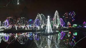Columbus Zoo Lights Pictures Winter Festivities The Columbus Zoo Wildlights Travel
