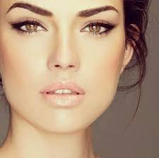 simple elongated lined eyes wedding makeup or everyday this is like the most perfect make up ever love this style