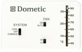 amazon com dometic 3106995 032 heat cool analog thermostat amazon com dometic 3106995 032 heat cool analog thermostat automotive