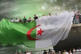 الجزائر تخترق التاريخ وتتاهل الى الدور الثمن النهائي (1..2..3..viva l'algérie ) Images?q=tbn:ANd9GcSn7BirE4wZA8Med6_Kb8hKvzJBIEejw3kFb_z5LyvDyLi5MfuRHg