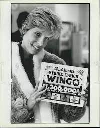 Actress Lucinda Crosby with her Wingo card 1984 Vintage Press Photo Print -  Historic Images