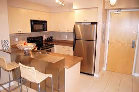 pic of u shaped kitchen designs with breakfast