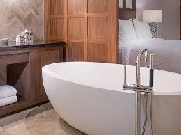 luxury hotel bathtub from tyrrell laing