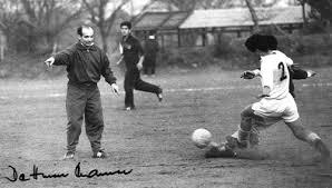 「1965年 - 日本サッカーリーグ」の画像検索結果