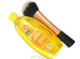 your makeup brushes johnson 39 s baby shoo to clean makeup brushes