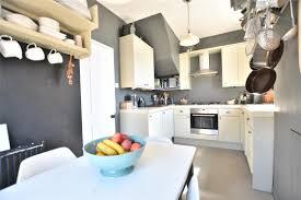 2 Bedroom Maisonette High Street Batheaston Bath Ba1 7ra