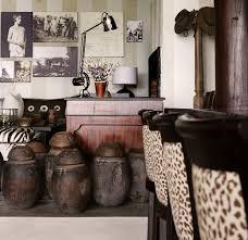 Safari Decor For Living Room Interior Modern African Theme Living Room With Animal Wallpaper