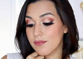 huda beauty desert dusk eyeshadow palette i m sharing my thoughts swatches and a quick easy makeup tutorial to give you an idea of makeup looks you