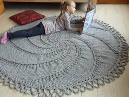 How To Knit A Rug Knitting Rug Roselawnlutheran