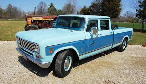 Limo Meets Labor: 1974 IH Travelette - PickupTrucks.com News