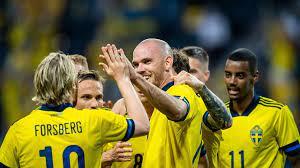 Utformad för fotbollsspelare som ibland vill spela med en fotboll i hemlandets färger. O2b1ruw1i84ynm