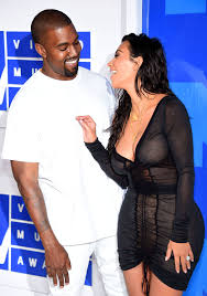 kim kardashian worked a 20 carat diamond ring by lorraine schwartz a new gift from husband kanye west to the mtv vmas 2016 on sunday august 28 in nyc