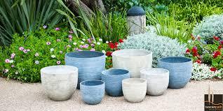29 garden planters nz background