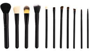 everything you need to know about cleaning your makeup brushes
