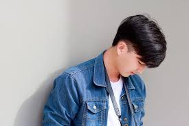 Dengan permintaan pasar yang besar, pilihan gambar rambut yang semakin banyak, maka tidak ada salahnya jika anda melihat beberapa ulasan tentang gambar potong rambut mandarin tipis lengkap. Model Rambut Cowok 2020 Korea Cahunit Com