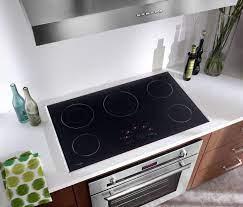 ⑩ Bếp điện từ và bếp từ khác nhau như thế nào - Bếp Phương Đông