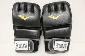 these outstanding heavy bag gloves are taking the gym by storm extremely durable cowhide leather cover surrounds a shock absorbing foam for optimal