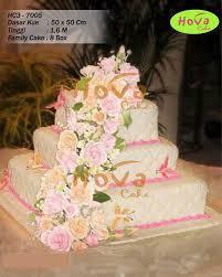 Pink Styled Joint Flowers Wedding Cake Pesan Wedding Cake Dengan
