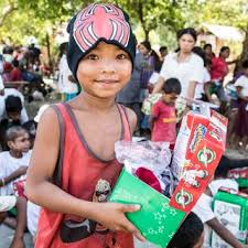 7 reasons to pack a shoebox