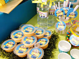 Minions Party 12 Best My Sons 11th Minion Birthday Party Images On Pinterest