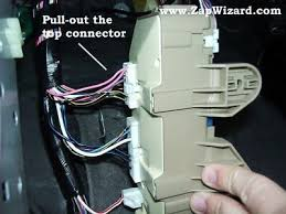 www zapwizard com Fuse Box Wire Connectors once that wire is loose, you need to remove the top most connector on the fuse box 12v wire connectors fuse box